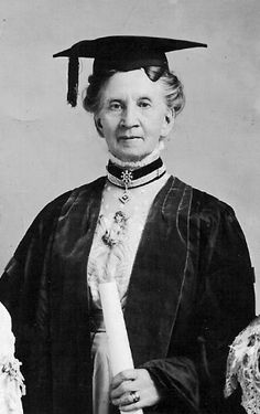 Belva Lockwood received an honorary doctorate in 1909 from Syracuse University