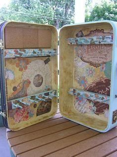 Suitcase turned jewelry display - Click image to find more DIY & Crafts Pinterest pins