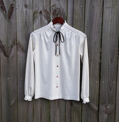 S Small  Vintage Shirt 70s 80s White Black by PinkCheetahVintage