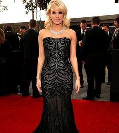 Carrie Underwood #grammys #redcarpet