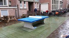 Pingpongtafel Blauw bij VOS in Amsterdam