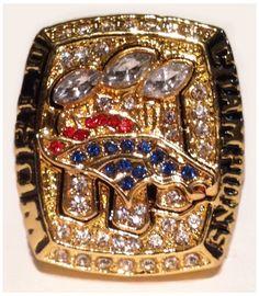 Denver Broncos 2016 Super Bowl 50 Ring -Peyton Manning Replica- Broncos… https://www.fanprint.com/licenses/denver-broncos?ref=5750