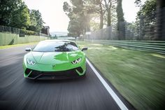 Lamborghini Huracan Performante review - pictures