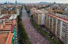 People march during a Catalan Pro-Independence demonstration celebrating the Catalan National Day on September 11, 2015 in Barcelona, Catalonia. The Spanish northeastern autonomous region celebrates its National Day on September 11 which coincides with the kick off of the electoral campaing. Political Parties for and against independence of Catalonia will hold a regional elections on September 27.