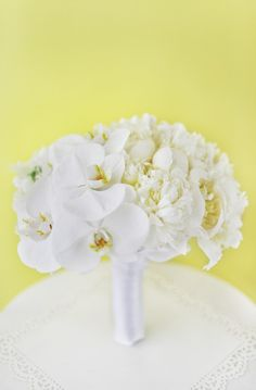 White bouquet for a destination wedding or the classic bride from Granville Island Florist in Vancouver.