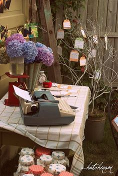 Vintage Bridal Shower...this link has a ton of ideas to springboard from! @Anne-Holly Wilson