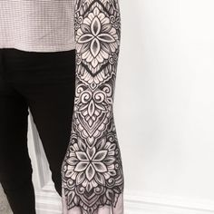 Draw Flower Patterns Beautiful ornamental by Raimundo Ramirez Geometric Mandala Tattoo, Mandala Tattoo Sleeve, Mandala Flower Tattoos, Sacred Geometry Tattoo, Mandala Tattoo Design, Geometric Tattoos, Sleeve Tattoos For Women, Arm Tattoos For Guys, Top Tattoos