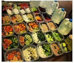 organized meal prep - water & snacks included. perfect!