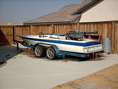 1973 Sanger flat bottom with 502 dual carbs 18ft race boat
