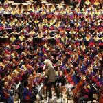 Texto escrito por: Laura Polanco Arias  El Sistema es un programa de educación musical fundado en Venezuela por el músico y economista José Antonio Abreu, en 1975. Su principal meta es alejar a la juventud venezolana de toda la inseguridad que se encuentra en las calles, a través de la práctica colectiva de la …