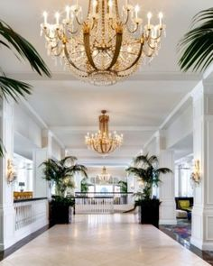 Loews Don CeSar Hotel - St. Pete Beach, Florida #Jetsetter  http://www.jetsetter.com/hotels/florida/st-pete-beach/2698/loews-don-cesar-hotel?nm=calendar=20
