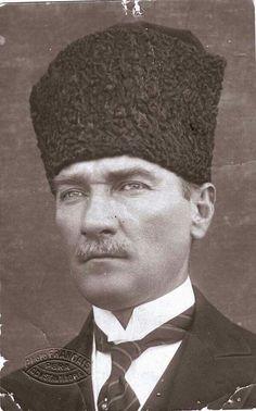 ATATÜRK' ÜN 1919 da çekilen fotoğrafı