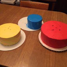 The making of a superhero cake! | tsu.co/cakesbyashley