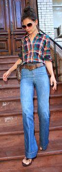 K. Holmes Need high waisted flare jeans!