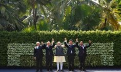 (L-R) Brazil's President Michel Temer, Russian President Vladimir Putin, Indian Prime Minister Narendra Modi, Chinese President Xi Jinping and South African President Jacob Zuma pose for a group picture during BRICS (Brazil, Russia, India, China and South Africa) Summit in Benaulim, in the western state of Goa, India, 16 October 2016. (Photo: Reuters/Danish Siddiqui).