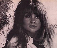 1967, Fashion Supermodel & Actress Jean Shrimpton, Close-Up (lengua española revista)