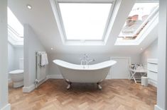 Attic bathroom remodel ideas (8)
