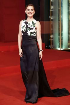 Natalie Portman - 17th Shanghai international Film Festival - Dress: Christian Dior