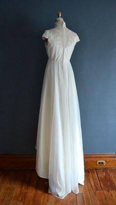 Marlene / 70s wedding dress / 1970s wedding dress by BreanneFaouzi