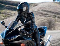 девушка на мотоцикле фото в шлеме: 11 тыс изображений найдено в Яндекс.Картинках