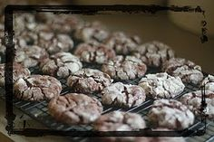 Nutella Cookies: I used a fudge cake mix, and ended up baking the cookies for about 16-18 minutes. I'd recommend regular chocolate cake mix and relatively small size balls for baking.