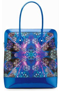 Bulgari - Handbags by Matthew Williamson 2011 Spring-Summer - LOOK 19 Cheap Designer Purses, Wholesale Designer Handbags, Designer Totes, Designer Bags, Best Handbags, Cheap Handbags, Fashion Handbags, Fashion Bags, Bvlgari Handbags