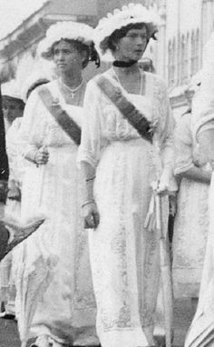 "Grand Duchesse Tatiana and Maria Nikolaevna Romanova of Russia. ""AL"""