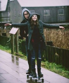 Quero uma avida assim, com alguém, em que abrimos os braços, para receber as coisas boas e deixamos Deus conduzir.