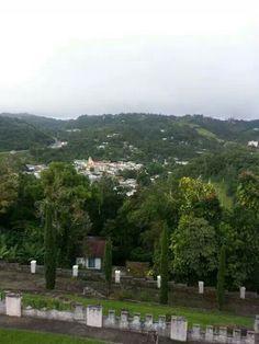 Vista desde El Cortijo Bqtas, P.R