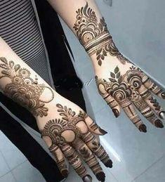 thsi is most beautiful bold bridal mehndi design idea for brides Rose Mehndi Designs, Latest Bridal Mehndi Designs, Khafif Mehndi Design, Simple Arabic Mehndi Designs, Henna Art Designs, Mehndi Designs For Girls, Modern Mehndi Designs, Dulhan Mehndi Designs, Mehndi Designs For Fingers