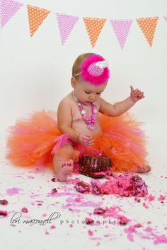 Cake Smash - 1 year old -Photos by Lori MacConnell Photography - Fresno Family Photographer - https://www.facebook.com/LoriMacconnellPhotography
