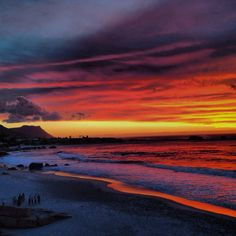 I think I saw this exact sunset Town … The Places Youll Go, Places To Visit, Beautiful World, Beautiful Places, Clifton Beach, Out Of Africa, Pretoria, Africa Travel, Cape Town