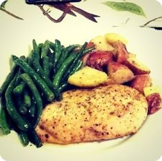 Tuscan Chicken with Organic Green Beans and Red Potatoes