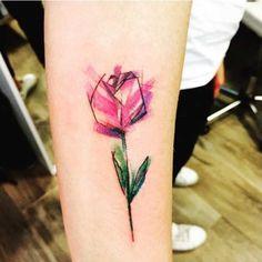 tatuaje tulipan