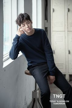 Park Bo Gum he's so cute and he was really cute in reply 1988 and now he's doing another drama that's called moonlight drawn by clouds there both amazing Korean Star, Korean Men, Asian Men, Asian Boys, Jong Hyuk, Lee Jong Suk, Asian Actors, Korean Actors, Park Bogum