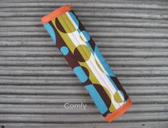 Comfy Seat Belt Cover Bubbles /Teal on reverse by Comfy Accessories