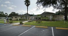 Red Oaks Carefree RV Resort in Bushnell Florida - Fun RV resort for Seniors only, over 900 RV sites, amazing rates, discounts & facilities. Lay by the pool, go fishing or visit one of the many great attractions nearby!
