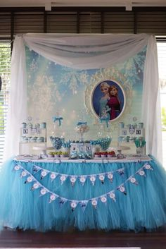 Lovely dessert table at a Frozen birthday party! See more party ideas at… Elsa Birthday Party, Frozen Birthday Theme, Frozen Themed Birthday Party, Disney Birthday, 4th Birthday Parties, Third Birthday, Birthday Ideas, Disney Frozen Party, Frozen Decorations