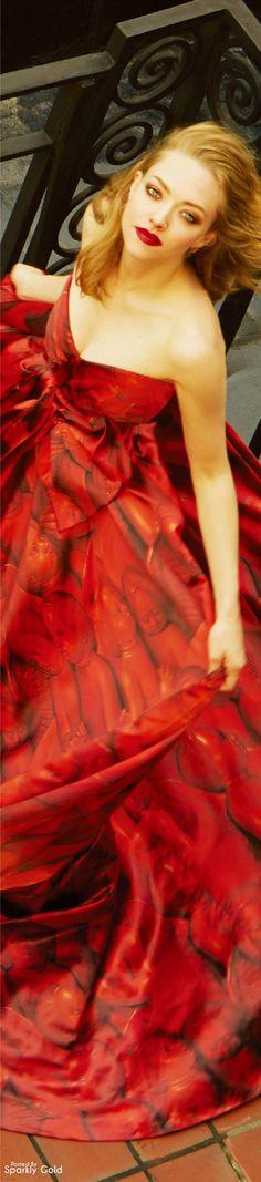Amanda Seyfried, Elle China Sep 16. #chic #elegant