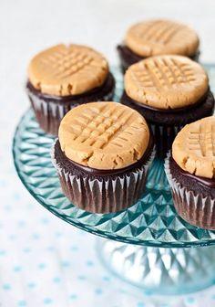 Peanut Butter Cookie Cupcake