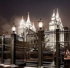 .Probably the closest to my favorite all time of the Salt Lake Temple
