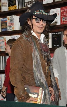 NEW YORK, NY - SEPTEMBER 21: Johnny Depp attends a book discussion at Barnes & Noble Union Square on September 21, 2012 in New York City. (Photo by Theo Wargo/Getty Images) 2012 Getty Images