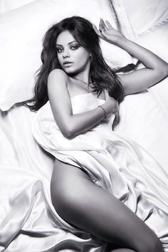 55cc20ba7 love her sexy back. See more. Mila Kunis Photoshoot Ideas