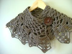 Romantic Crochet Cowl Collar