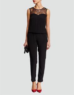 1000 id es sur le th me combinaison pantalon sur pinterest latex sexy latex et corsets. Black Bedroom Furniture Sets. Home Design Ideas