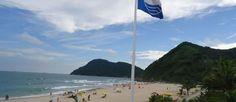 Quer passar a Semana Santa de 02/04 à 05/04 em um apartamento na Praia do Tombo, Guarujá/SP por 1.332,00? Reserve Agora: http://www.casaferias.com.br/imovel/107099/pe-na-areia-ar-cond-wi-fi-duas-camas-casal  #feriado #semanasanta