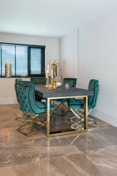Richmond Interiors - Escape the ordinary Luxury Dining Tables, Elegant Dining Room, Luxury Dining Room, Dining Room Wall Decor, Dining Room Design, Luxury Homes Interior, Home Interior Design, Richmond Interiors, Deco Design