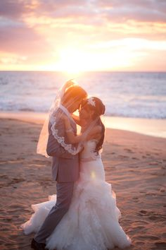 Love! @Four Seasons Resort Maui #mauiwedding #fourseasonsmaui #waileawedding