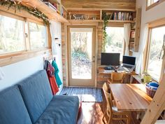 """The Tiny Project: """"Less house! More Life!"""""""