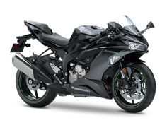 Kawasaki has been carefully crafting its popular Ninja lineup for decades, and the 2019 has received a number of upgrades to help it stand out from the competition on the motorcycle dealer's showroom floor. Kawasaki Zx6r, Kawasaki Bikes, Biker, New Motorcycles, Supersport, Sport Bikes, Motorbikes, Honda, Vehicles